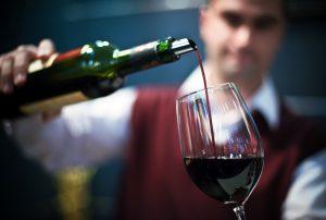 g-cvr-900713-winery-5p